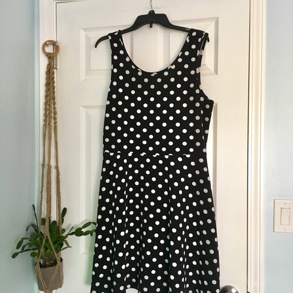 Annabelle Dresses & Skirts - Polka Dot Scoop Neck Sleeveless Swing Dress